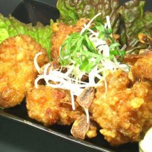 創業以来の一番人気「鶏のばかうま揚定食」